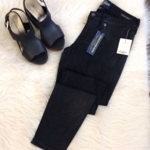 LUCKY NWT Charlie Super Skinny Black Sheen 2/26