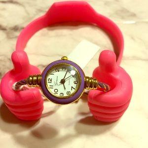 SALE 🌹NWT American Apparel bangle watch.
