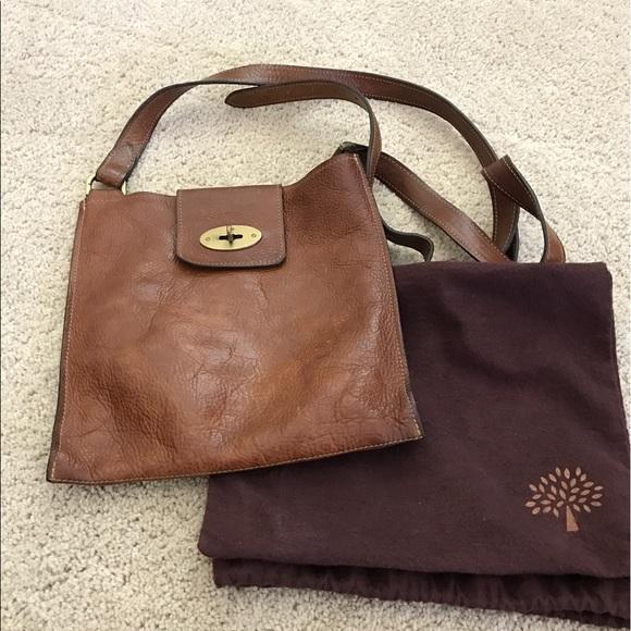 Mulberry Joel messenger   crossbody bag. Pristine!  M 59893cc95a49d03a560f5fd0 15ef85e96f149