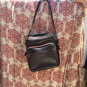 Handbags - Vintage faux leather overnight bag