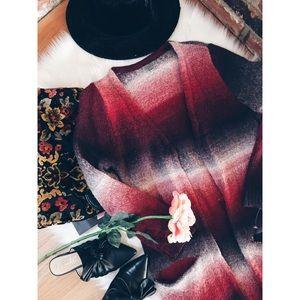 Joseph A.  Festive Long Knit Cardigan Sweater M