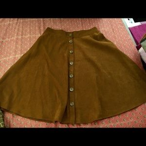 Forever 21 faux suede skirt in L