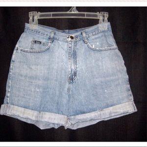 VTG 80s Distressed High Waist Denim Jean Shorts 30
