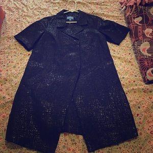 Simply Vera metallic tunic blazer!
