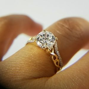 Jewelry - 14k Solid Yellow Gold Engagement Ring 1ct Round