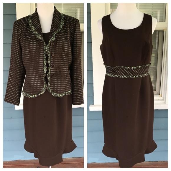 Emma James Dresses & Skirts - EMMA JAMES Petites 2-pic Dress Suit