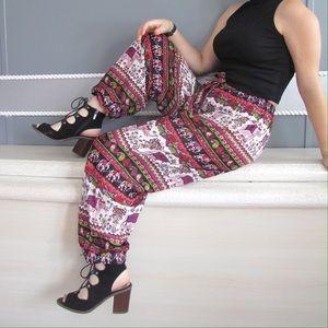 Pants - Elephant harem jogger Printed pants sz S