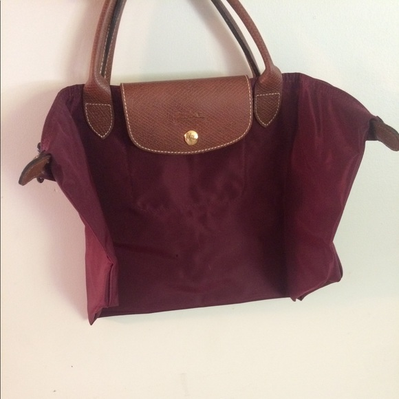 fc0766de663f Longchamp Handbags - Burgundy Le Pliage Medium Short Handles