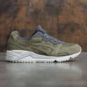 Other - Asics Gelique light olive