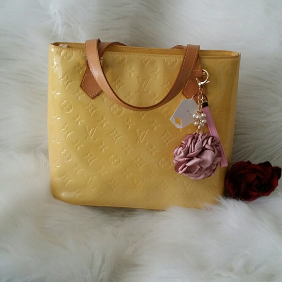 Louis Vuitton Handbags - ⚡ WEEKEND SALES ⚡🍌SAUTH LV vernis Houston tote🍌 86ee8d56167ce