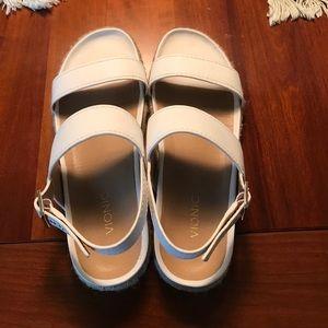 Vionic Lonny Sandals