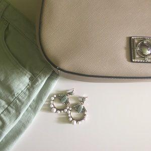 Jewelry - Pearl statement earrings