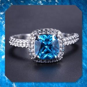 JUST IN🆕2.40ct Blue Topaz 14k White Gold Ring 7