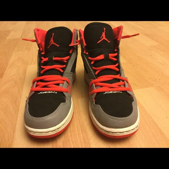 Nike Youth Jordan 1 Flight basketball shoes