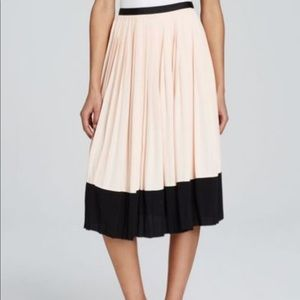 NWT! 💫HP💫Kate Spade Pink and Black Pleated Skirt