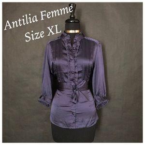 Antilia Femme