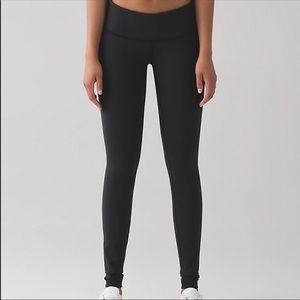 Pants - Lululemon Athletica Black Wunder Under pants