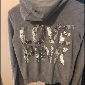 Grey pink v.s hoodie