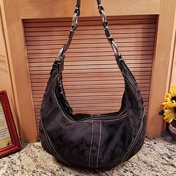 fe6f7a4d5f Coach Handbags - Coach 🌻🌼🌻black Hobo shoulder bag🌻🌻