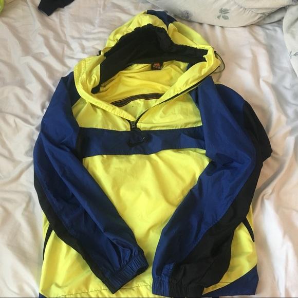 NIKE Vintage Neon Yellow   Blue Windbreaker. M 598a5f11713fde6ca4134a6d 21d407468