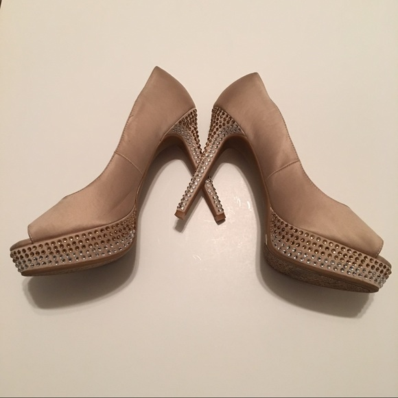d7b88fb44 Gianni Bini Shoes - Gianni Bini Champagne Satin Rhinestone Heels