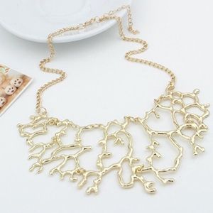 Jewelry - Coral statement fashion necklace