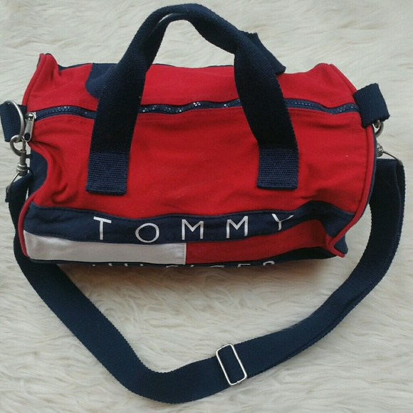 6ee37ec9c6a6 Vintage CLASSIC tommy hilfiger mini duffle gym bag.  M 598a6d46a88e7df5e6137c6f