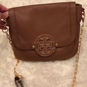 {Tory Burch} Amanda leather crossbody purse