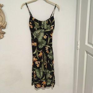 Dresses & Skirts - tropical hawaiian pinup tiki dress