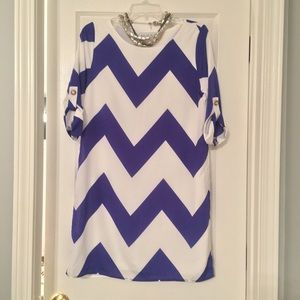 Dresses & Skirts - NWOT Royal Blue & White Chevron Shift Dress Size M