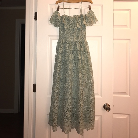 c7f10c26d7e1 H M Mint Lace Off The Shoulder Midi Dress 2