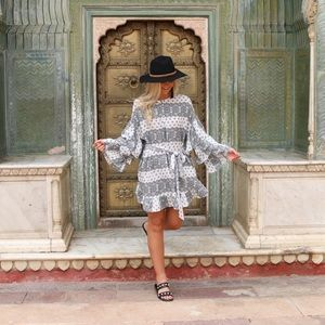 Dresses & Skirts - Black Printed Bell Sleeve Dress