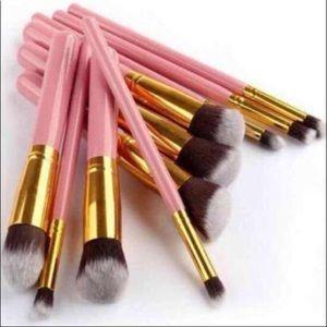 Other - New 10pcs makeup brushes set