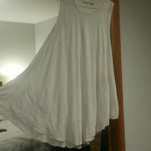 Dresses & Skirts - White Flowy Summer Dress