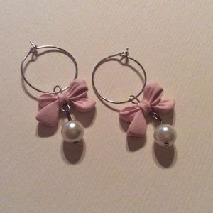 Jewelry - Little pink bows & pearls hook earrings