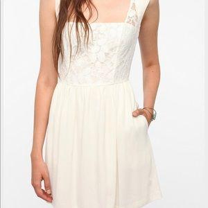 ... Urban Outfitters Cooperative Dress NWT ... 60336d86b13e