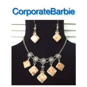 Jewelry - BOGO! NWT Necklace and Matching Earrings
