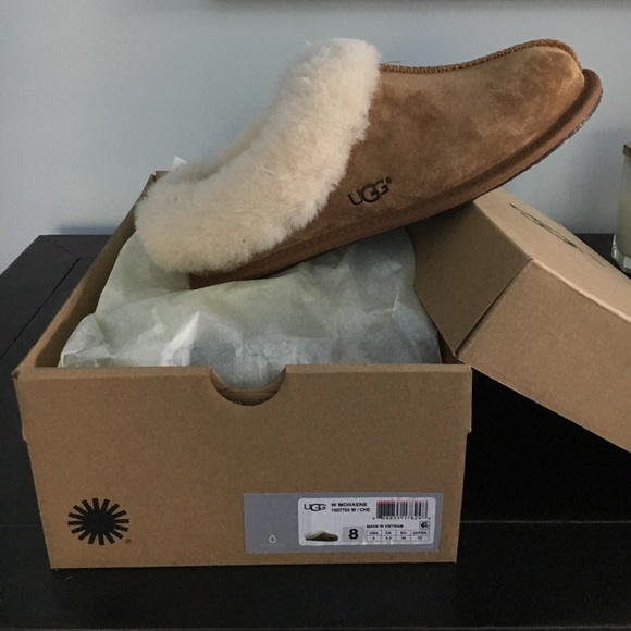 3ccc9ee23c1 UGG Women's W Moraene Slippers Size 8 New In Box NWT