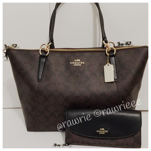 New Coach Signature Ava Tote   Matching Wallet Set b4467c1bed5d2