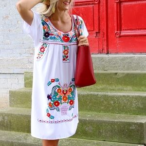 Dresses & Skirts - White Embroidered Dress