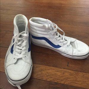 White Vans Sk8hi W Blue Stripe