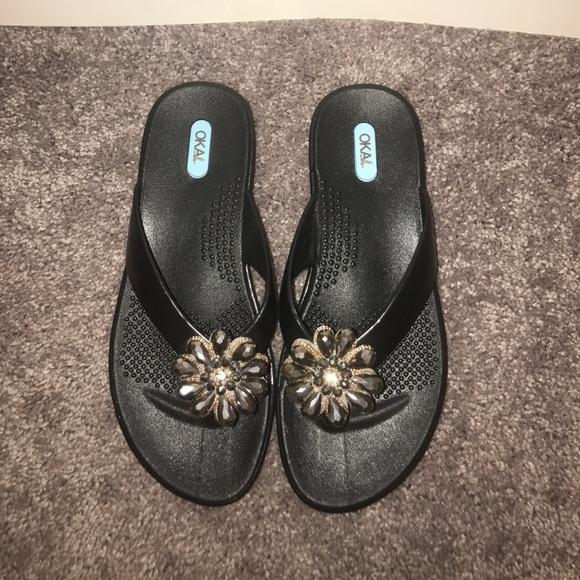 d4b27985e18a43 OKA b. Jeweled Sandal Flip Flops. M 598b4985b4188e7ee615cc84