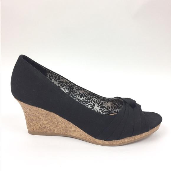 e14dbae8945 Dexflex Shoes - Dexflex Peep Toe Canvas Cork Wedge Sandal 9.5