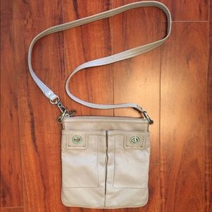Marc Jacobs cross body purse