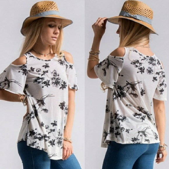 Tops - Floral print cutout shoulder top