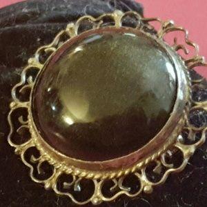Jewelry - VINTAGE  BROCH