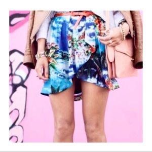 Zara Basics Super Cute Mini Skirt! Small