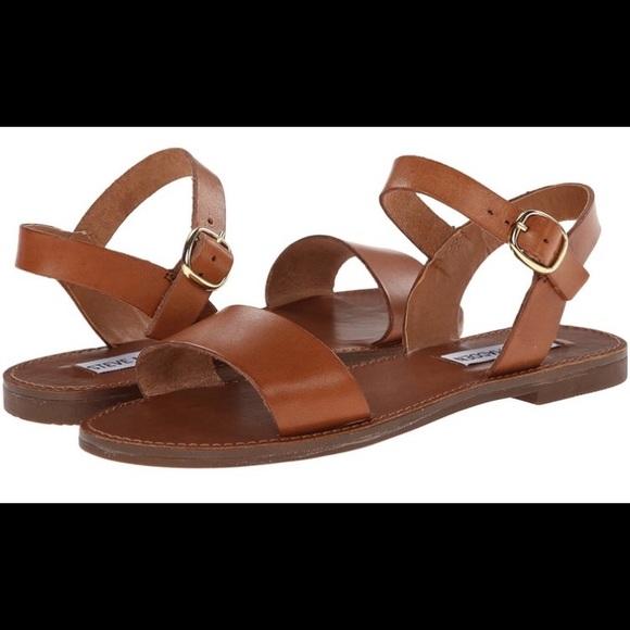 91d0c278ae0 Steve Madden Donddi Flat Sandals - Tan Beige