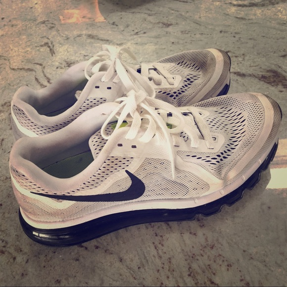 Women's Nike Air Max 2014 Running Shoes Size 10.5
