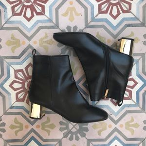 Topshop Shoes - TOPSHOP BELLA edgy metallic ankle BOOTIE boot Sz 9